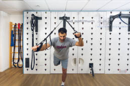 Physiotherapie Geräte neu gedacht! Trainingswand für Therapie und Training